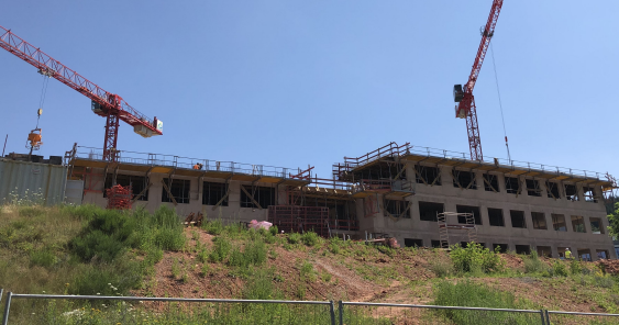 Image galery on construction progress of the PZMS research building